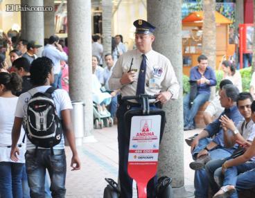 Centros comerciales de Cali refuerzan seguridad en diciembre