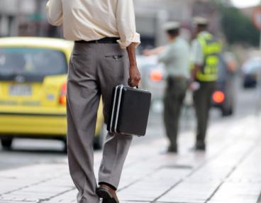 Tasa de desempleo en Colombia  cerró el 2010 en 11,8%