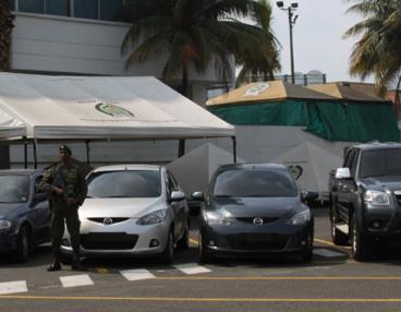 Investigan a funcionarios de Tránsito que estarían vinculados a hurto de vehículos