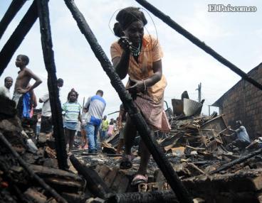 Incendio arrasó con 20 casas en invasión del oriente de Cali