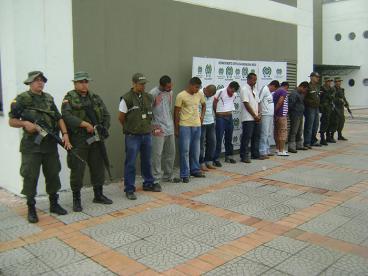 En redada capturan a 12 presuntos 'Rastrojos' en Cartago