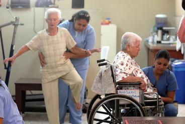 Ministra de Salud dice que la cobertura en este sector subió al 96%