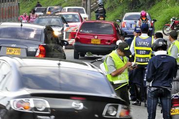 Licencias de conducción tendrán vigencia de diez años