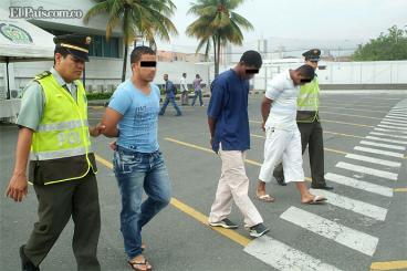 Capturados tres presuntos guerrilleros de las Farc en el oriente de Cali