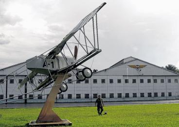 Revive, en Cali, debate por traslado de la base aérea Marco Fidel Suárez