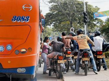 Secretaría de Tránsito anunció que Cali tendrá una vía solo para motocicletas