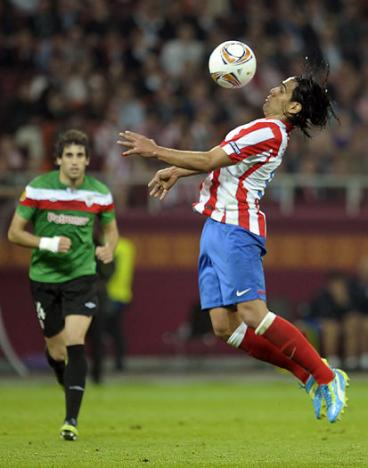 ¿Con cuál camiseta se vería mejor Falcao García?