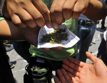 Despenalizan porte de dosis mínima de estupefacientes en Colombia