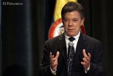 Ministros presentan renuncia protocolaria, tras petición del presidente Santos