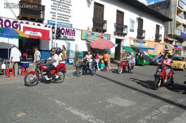 Vuelve la restricción de circulación de motos con parrillero hombre en Cartago