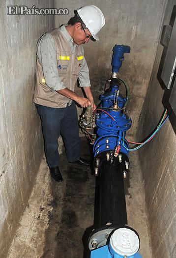 Seis barrios del norte de Cali inician plan para reducir presión de agua potable