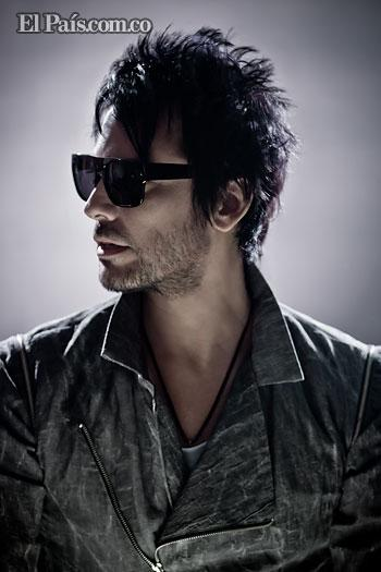 Beto Cuevas, cantante chileno presenta su nuevo trabajo discográfico