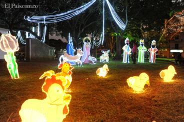 Fotos: Cali le dio la bienvenida a la Navidad con una mágica noche de velitas y luces