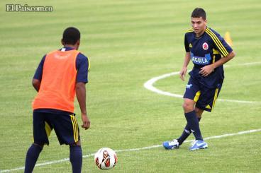 Juan Fernando Quintero heredó el '10' de James Rodríguez en la selección Colombia