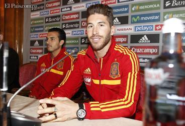 """""""Con el escudo de la selección España no se ganan partidos"""" : Sergio Ramos"""