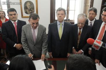 Presidente Santos radicó proyecto para reformar la salud en Colombia
