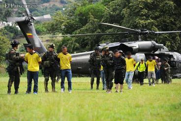 Presuntos guerrilleros detenidos en Cauca simulaban ser miembros del Ejército: Policía