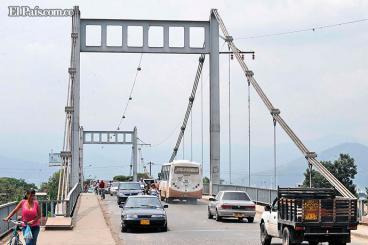 Gobernación gestiona recursos para construir nuevo puente de Juanchito