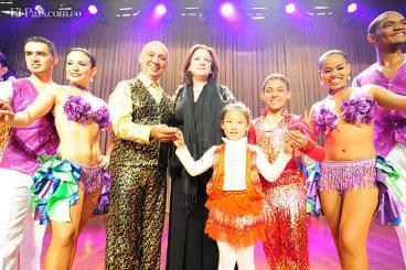 Bailarines de Delirio pusieron a China, Mongolia, Kazajistán y Rusia a bailar salsa