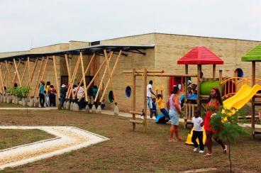 Primera dama inauguró centros de desarrollo infantil en Villa Rica y Jamundí