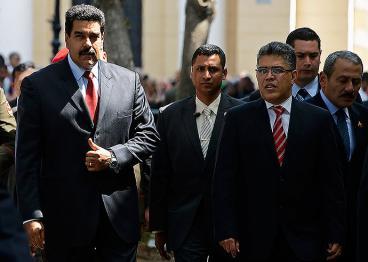 Maduro descarta negociación o pactos en diálogo con oposición venezolana