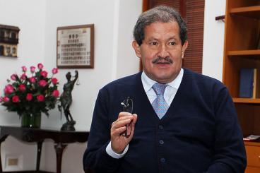 """Los diálogos de La Habana están que se rompen"": Angelino Garzón"