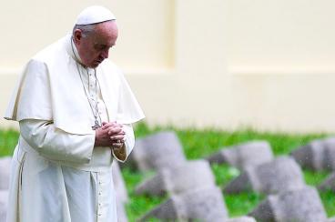 El Papa recordó a víctimas y dijo que estamos ante la tercera guerra mundial