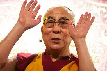 Sudáfrica niega visado al Dalái Lama para la cumbre de los Nobel