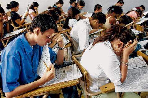 Aplazan pruebas Pisa por paro nacional de educadores