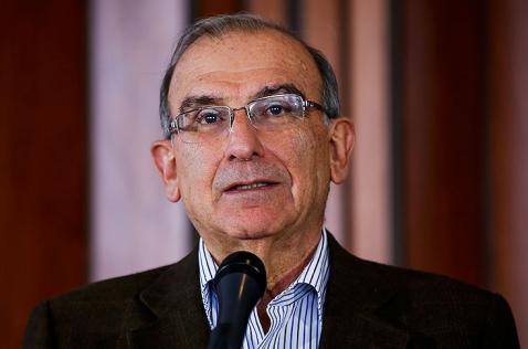 Insultos contra expresidente Uribe no construyen democracia: De la Calle a las Farc