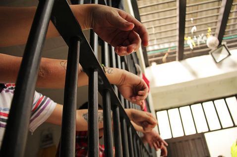 Ministerio de Justicia decreta emergencia carcelaria en Colombia