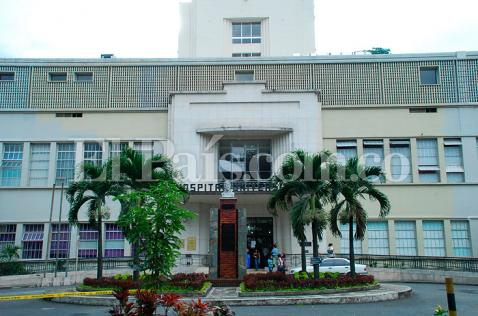 Bloquean oficinas del HUV por reintegro de Jaime Rubiano a la dirección