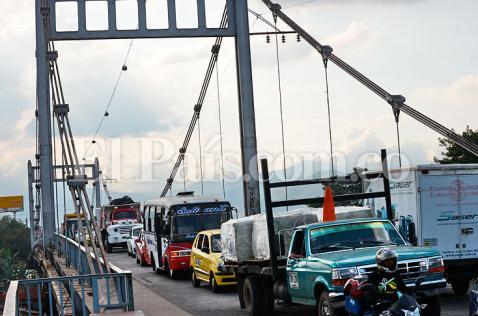 Aplazado el cierre del puente de Juanchito en Semana Santa