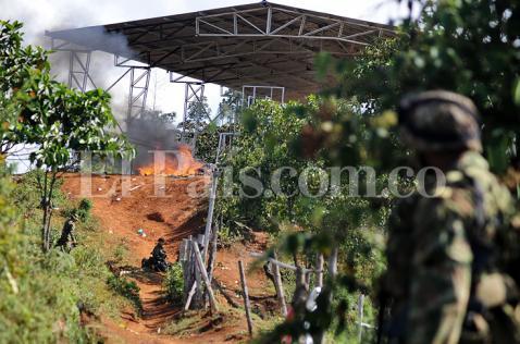 Once militares asesinados en Cauca fueron rodeados por guerrilleros, dice Medicina Legal