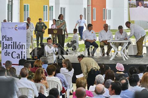 Reforzar el jarillón es la obra de mitigación más importante de Colombia: Santos