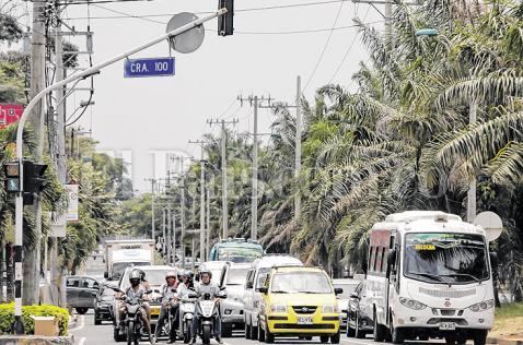 Secretaría de Tránsito estudia aumentar límite de velocidad en siete vías de Cali
