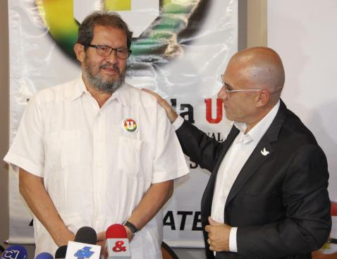 Así recibieron los partidos políticos el aval de la U a Angelino Garzón