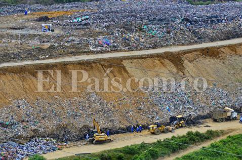 Alerta ambiental por el manejo de basuras en el relleno sanitario de Yotoco