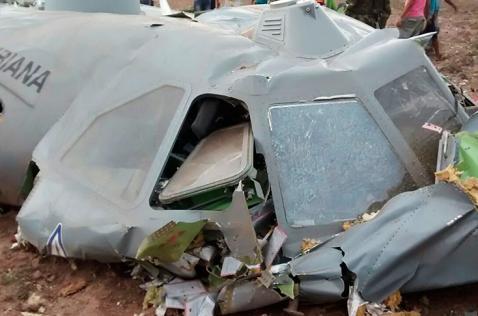 Once militares muertos por caída de avión en Codazzi, Cesar