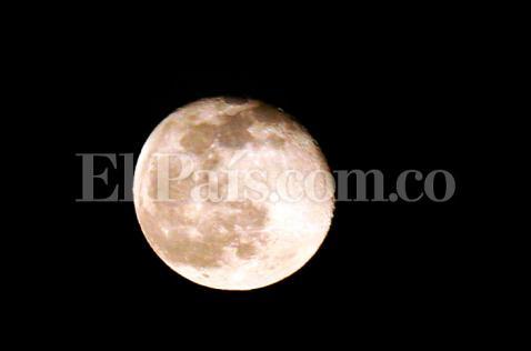 Este viernes habrá 'Luna Azul', ¿qué se verá realmente en el cielo?