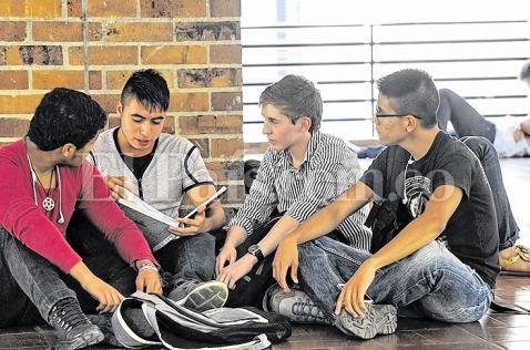 Conozca la historia de tres estudiantes pilos en Cali
