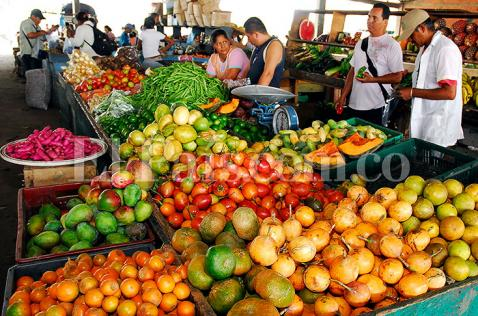 Precios de alimentos siguen al alza en Cali