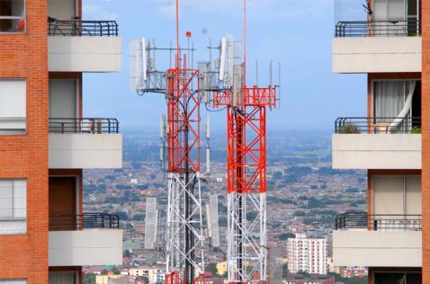 Alcaldía de Cali tendrá que eliminar barreras para torres de telefonía celular