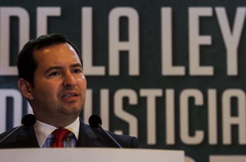 Fiscal invitó al Procurador a hablar con las víctimas antes de criticar acuerdos