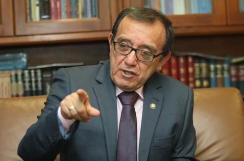 Denuncian al magistrado ponente del plebiscito para la paz por filtrar ponencia