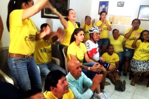 Así celebró la familia Pantano el segundo lugar de Járlinson en la etapa 20 del Tour de Francia