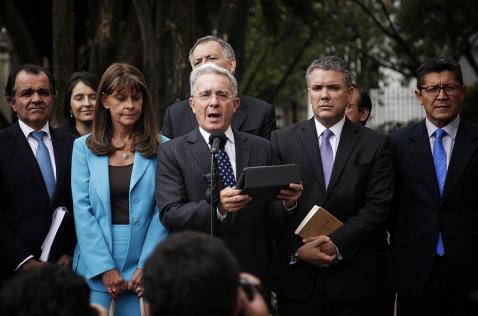Líderes del 'No' cuestionan nuevo plazo fijado por Santos para evaluar propuestas