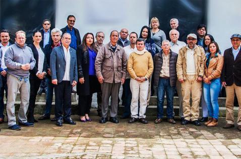 Expectativa por anuncio de inicio de fase pública de diálogos con el ELN