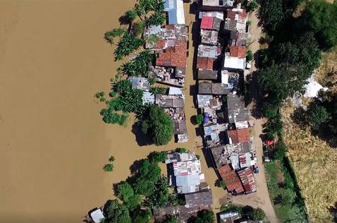 Desde el aire: así se ve la afectación del desbordamiento del río Cauca en Cali