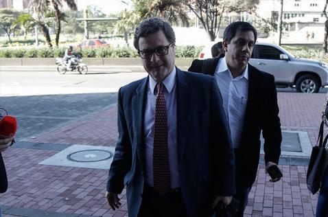 Fiscalía llama a interrogatorio al director de la ANI por caso Odebrecht